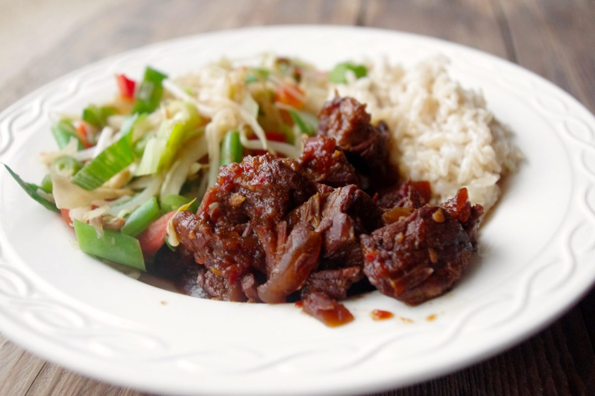 Daging smoor: Indisch rundvlees gestoofd in ketjap