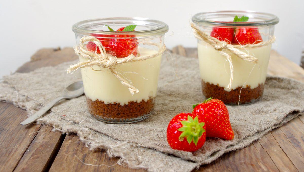 Cheesecake in a jar met aardbeien